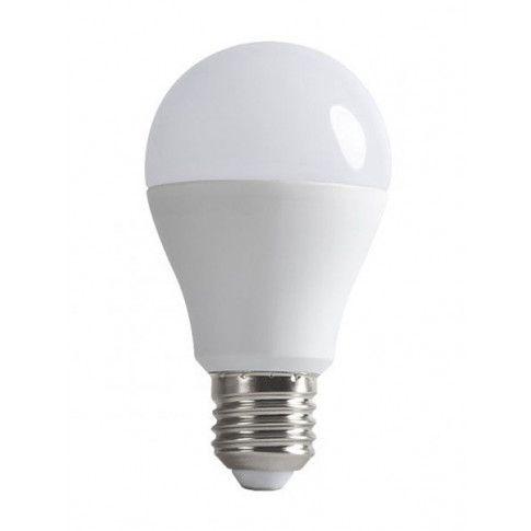 Żarówka LED o mocy 8 W i ciepłej barwie światła