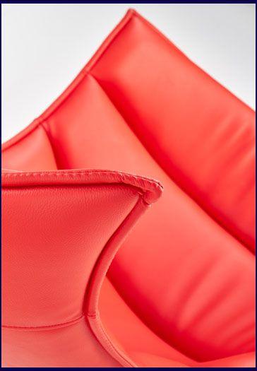 Czerwony tapicerowany fotel wypoczynkowy do czytania Lavos