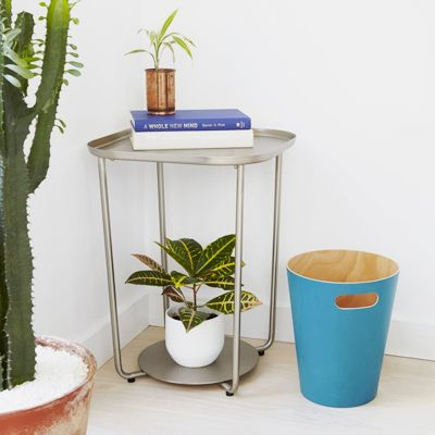 Minimalistyczny stolik kawowy Pallo - srebrny