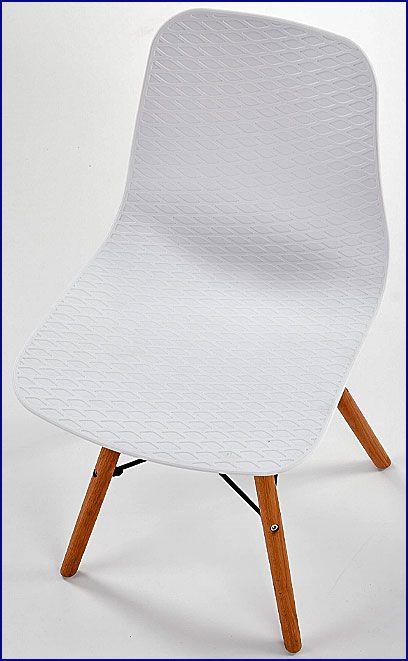 Białe krzesło w skandynawskim stylu Allan