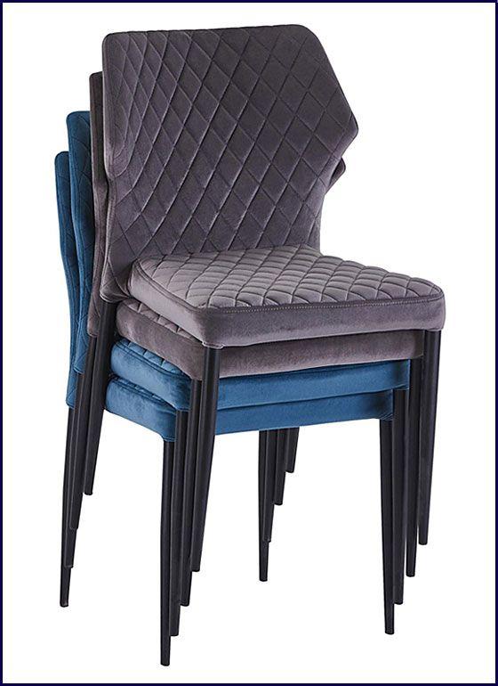 Sztaplowane krzesła w nowoczesnym stylu Lenton