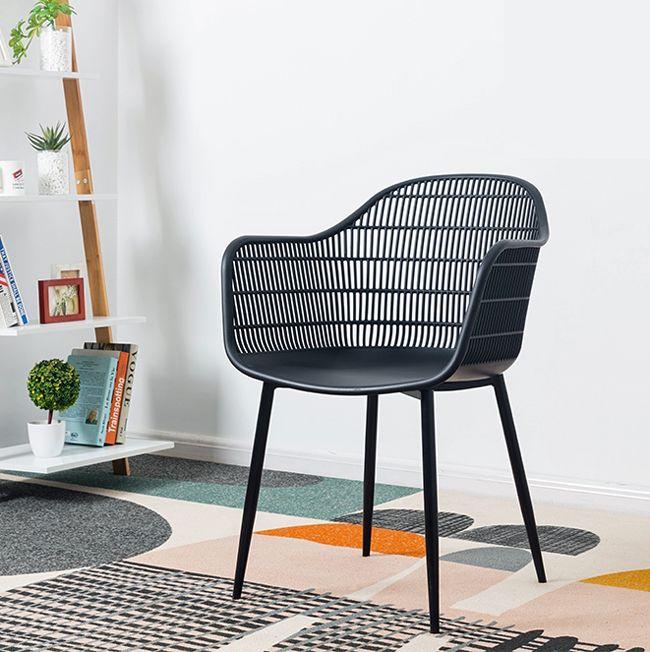 Krzesło patyczak z tworzywa i drewna Cesta